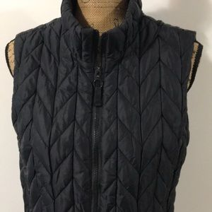Coldwater Creek quilted vest. Size Small 6 - 8.